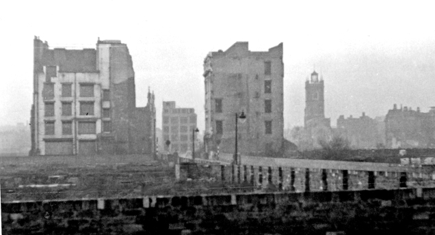 Ruins in the Cripplegate area (image by Ben Brooksbank on Wikimedia Commons)