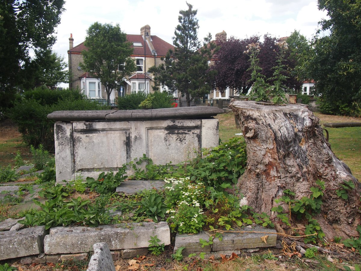 Mount Nod: the almost forgotten resting place of Wandsworth's Huguenots