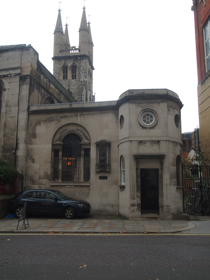 Watch House at St Sepulchre-without-Newgate, built to deter bodysnatchers