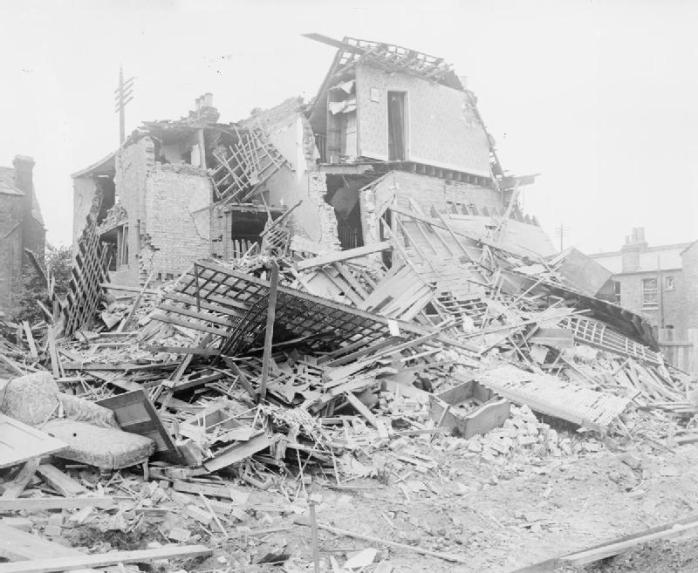 Damage to buildings in Streatham, South London, after a Zeppelin raid in September 1916 (image © Imperial War Museum)