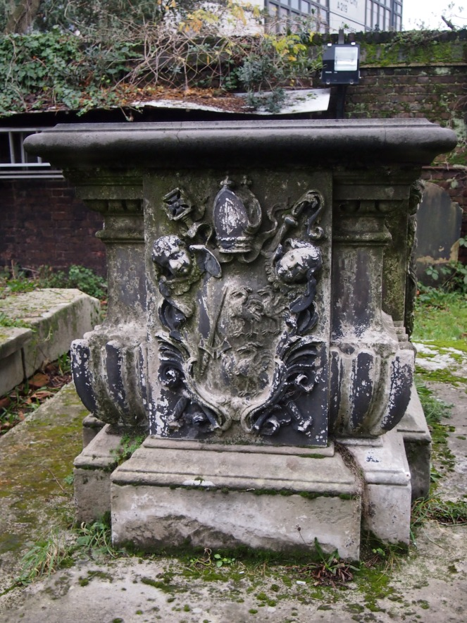 Tomb of Edmund Gibson (1669-1748)