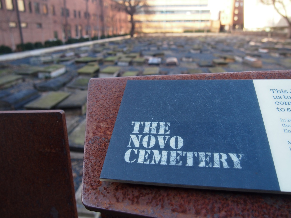 Novo Beth Chaim: an old Jewish cemetery marooned on a university campus