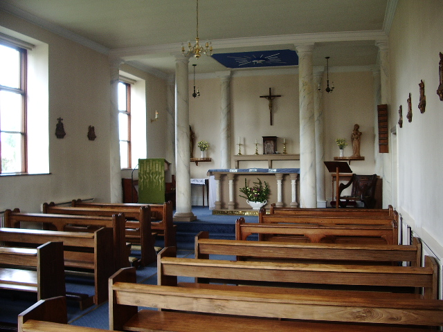 The interior of St Mary's, by Alexander P Kapp on Geograph.org
